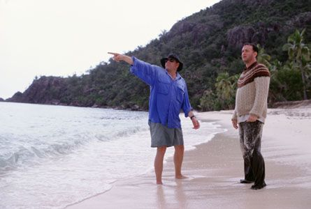 Robert Zemeckis, Tom Hanks in Cast Away (2000)