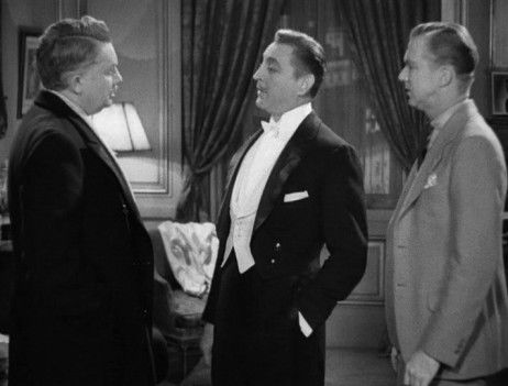 John Barrymore playing Larry Renault