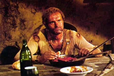 Terence Hill eating beans