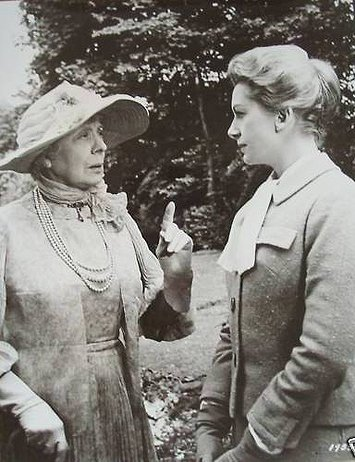 Edith Evans & Deborah Kerr in The Chalk Garden