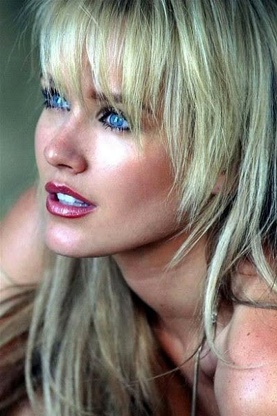 Nicky Whelan Posted by aSpaceCowboy Inappropriate Wrong Actor Movie